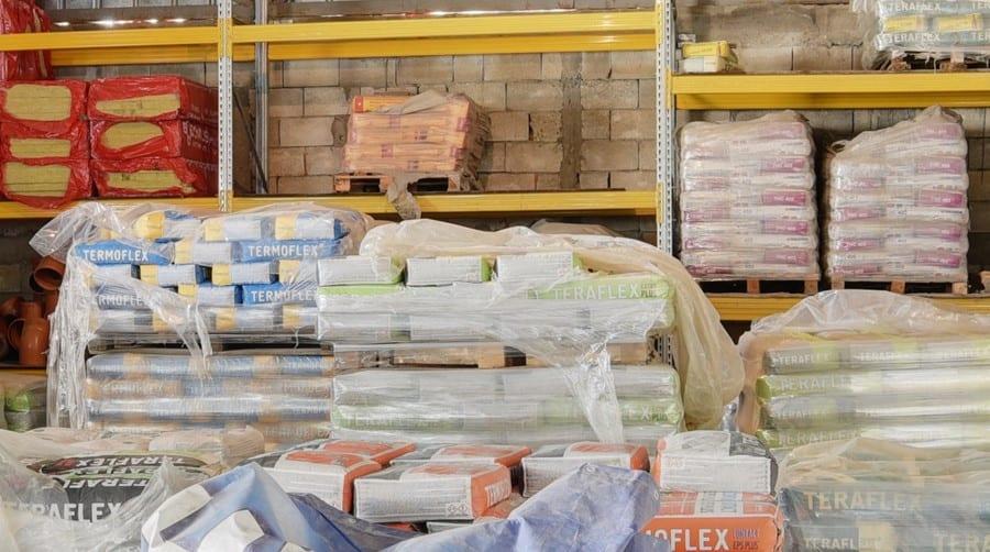 Сухи строителни смеси на склад в строителна борса в гр. Каварна